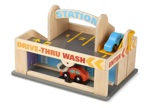 Melissa & Doug Service Station Parking Garage Review