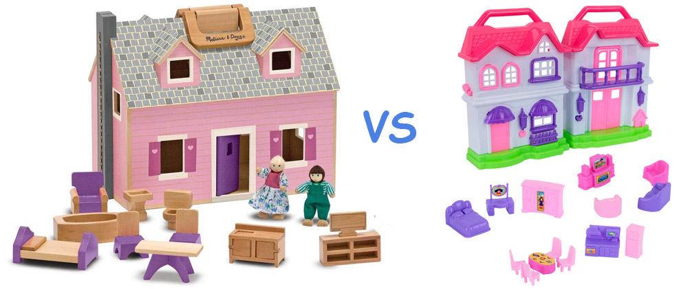 maison de poupée en plastique vs maison de poupée en bois